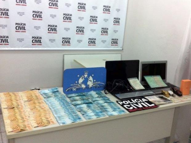 Money Over Work documentos dinheiro empresa site esquema pirâmide financeira Formiga MG (Foto: Polícia Civil/Divulgação)
