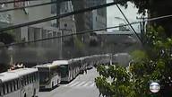 Rodoviários paralisam ônibus no Centro do Recife