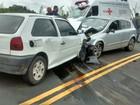 Acidente entre carros deixa um morto e um ferido em Águas de Lindoia, SP