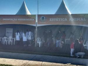 Público vai ter acesso a vários serviços nas tendas montadas (Foto: Mariana Bonora/G1)