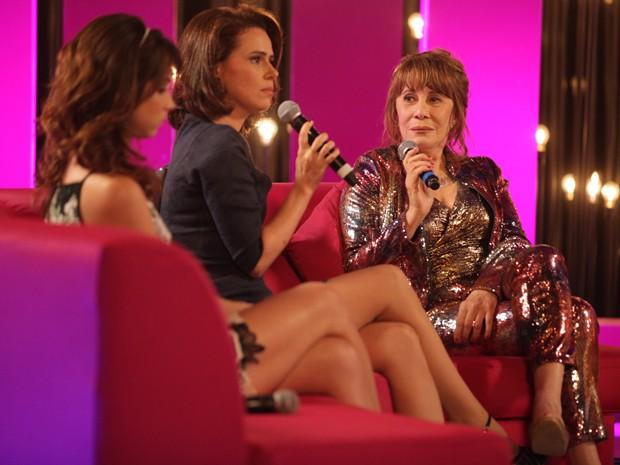 Sandra aparece no programa e faz revelação bombástica (Foto: Pedro Curi/TV Globo)