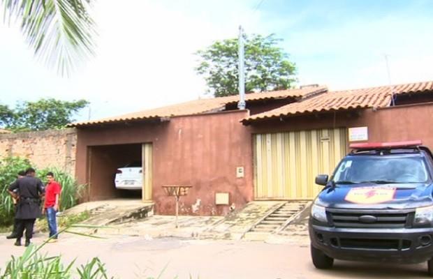 Três suspeito de tráfico e roubo são mortos em troca de tiros com a Rotam em Goiás (Foto: Reprodução/TV Anhanguera)