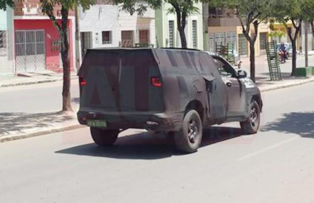 Flagra da picape Fiat Toro em testes (Foto: Walleffy Jhonny Ângelo/Autoesporte)