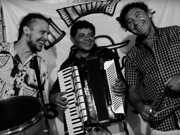 Tulio Charaba, Táu e Zé Nilton formam o grupo de forró  (Foto: Divulgação/Juliane Orlandi)
