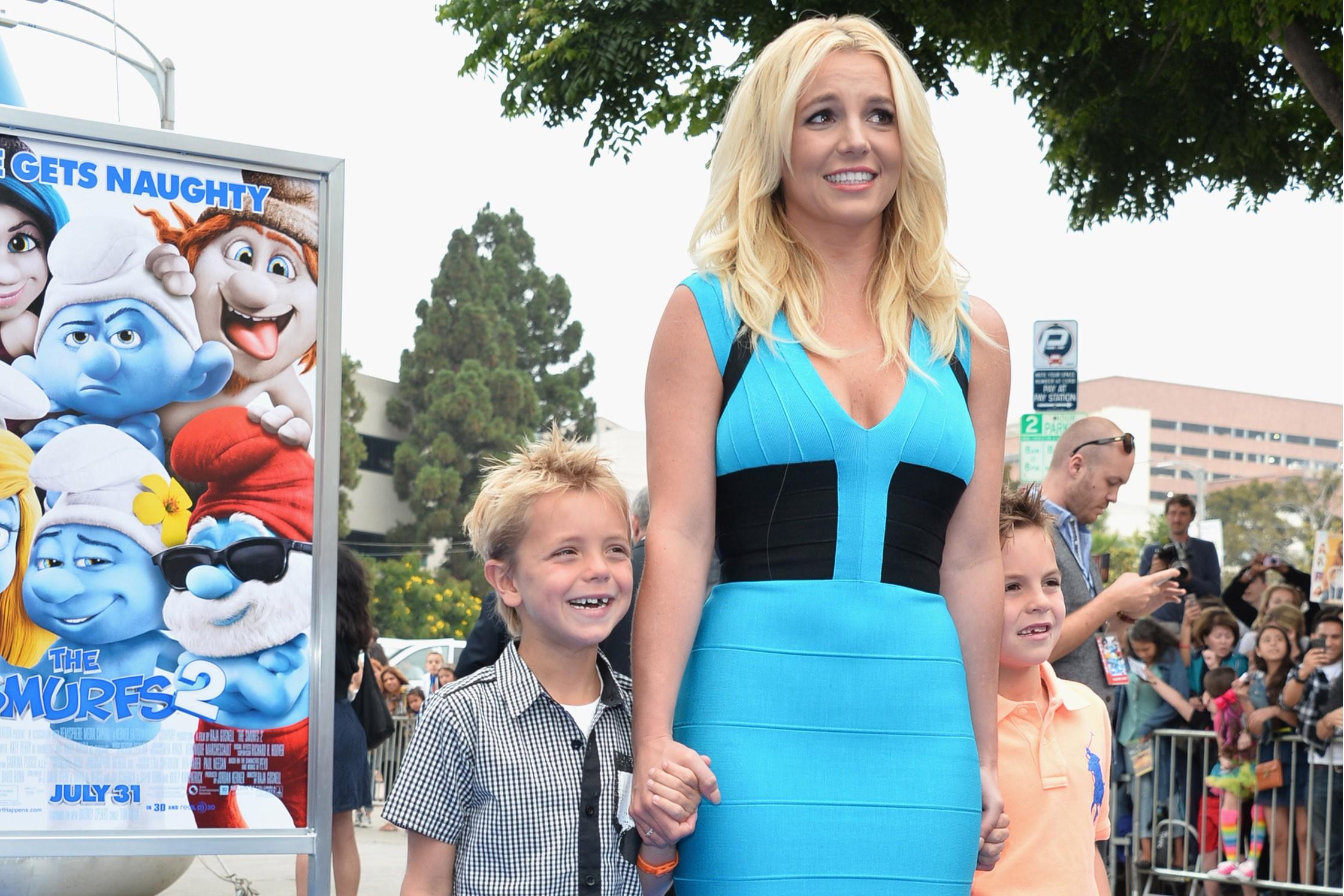 Britney Spears volta a estudar para poder dar conta dos filhos pequenos