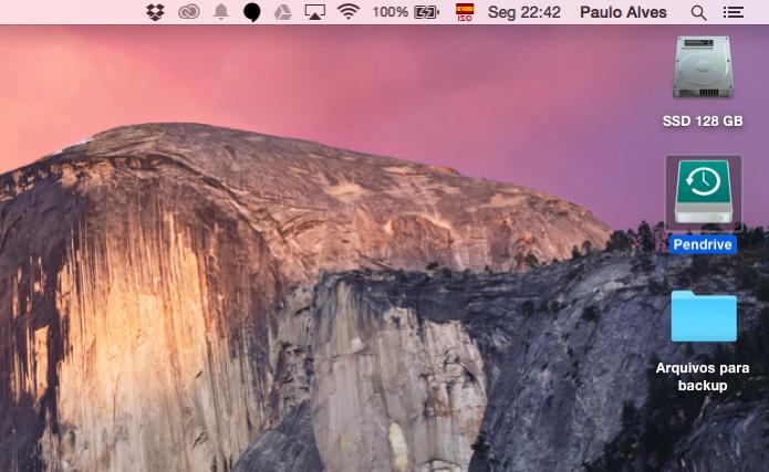No Mac, o pendrive fica na Mesa (Foto: Reprodução/Paulo Alves)