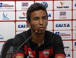Rafinha, atacante do Atlético-GO (Foto: Reprodução/TV Anhanguera)