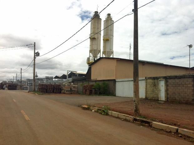 Indústrias no Setor Industrial de Ceilândia, no DF  (Foto: Isabella Formiga/G1)