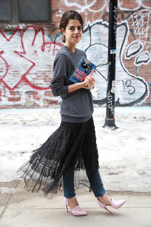 Tule no inverno: Aposte no tecido para dar um up nos looks de frio (Foto: IMAXTREE)