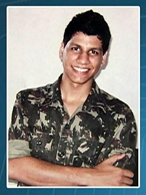 Jovem morre de parada cardíaca em teste físico para escola do Exército (Foto: Reprodução / TV Globo)