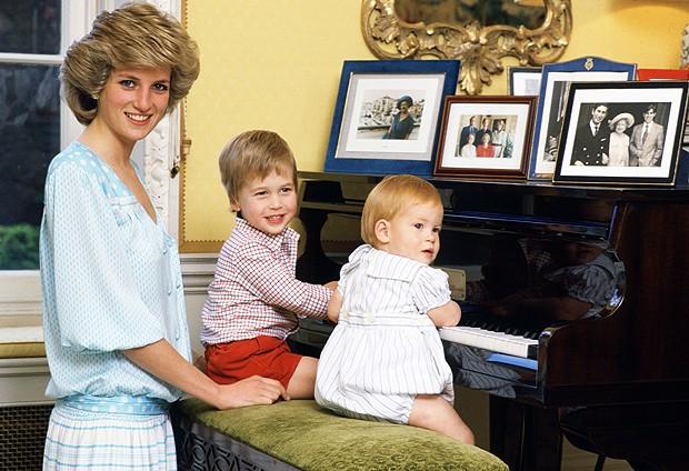 Lady Di e seus filhos (Foto:   Getty Images)