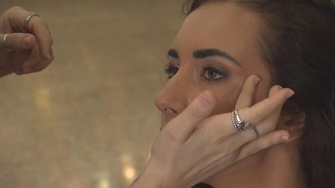 'Expresso' dá dicas de como usar o gloss como iluminador (Foto: TV Bahia)