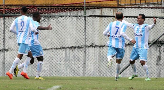 gol de magnum, macaé x portuguesa (Foto: Tiago Ferreira / Macaé Esporte)