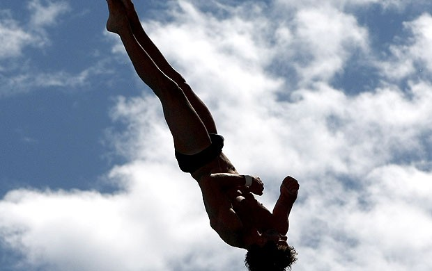 Hugo Parisi na prova de salto (Foto: Getty Images)