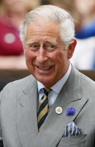 Principe Charles chega ao hospital  (Foto: Reuters / Agência)