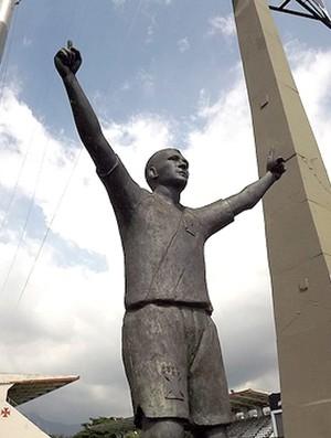 estátua Romário Vasco São Januário (Foto: Reprodução)