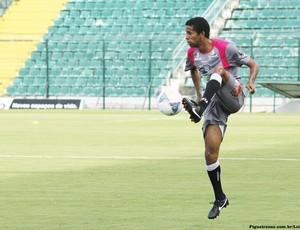 Welligton Saci em treino do Figueirense no Orlando Scarpelli (Foto: Luiz Henrique / Figueirense FC)