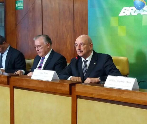 Ministro Osmar Terra deu entrevista em Brasília para mostrar dados sobre o Bolsa Família (Foto: Bernardo Caram)