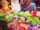 Claudia Leitte posta foto de farra com os filhos e filosofa em rede social
