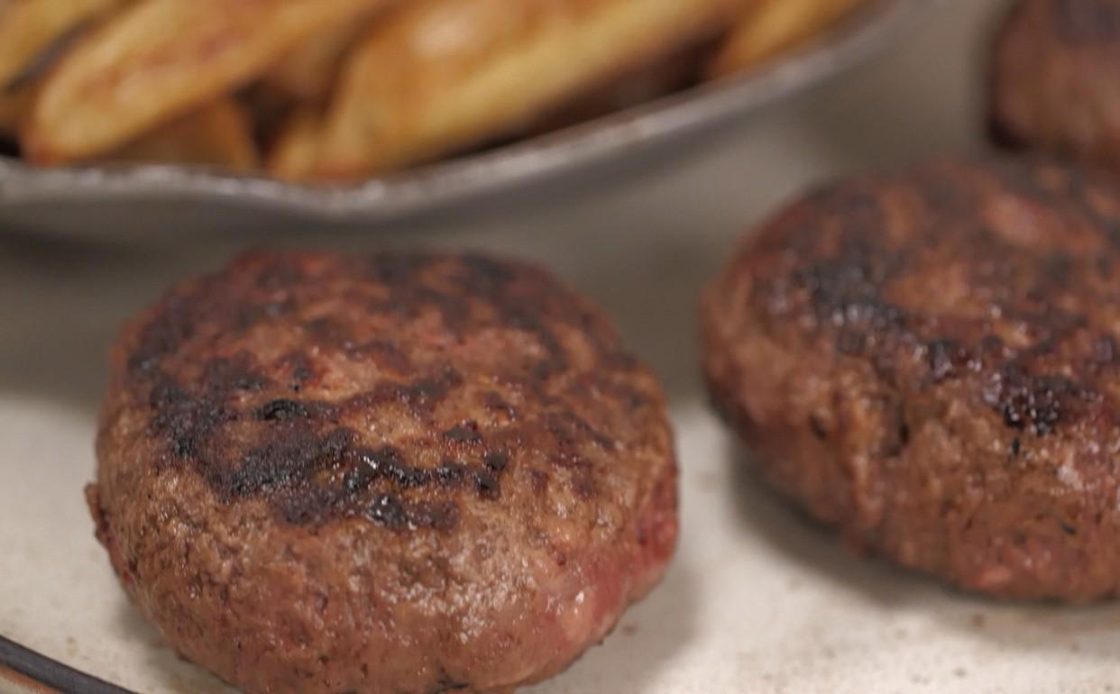 #936838  fazer hambúrguer com linguiça Cozinha Prática Programas GNT 1242x770 px Projeto Cozinha Rita Lobo #2687 imagens