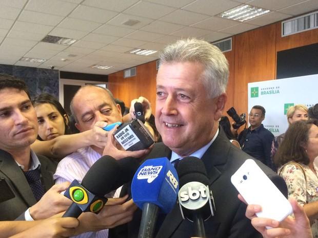 Governador do Distrito Federal, Rodrigo Rollemberg, sancionou nesta terça-feira (11) a Lei dos Puxadinhos (Foto: Mateus Vidigal/G1)