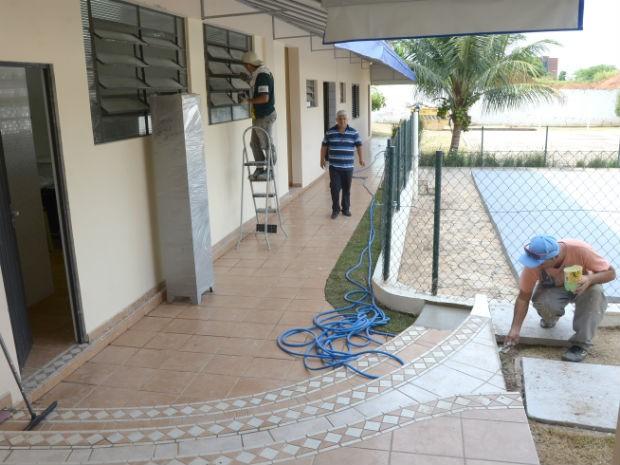 Imóvel foi totalmente adaptado para receber os alunos (Foto: Assis Cavalcante)