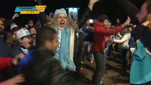 Torcedores vibraram com a vitória, nos pênaltis, da seleção argentina (Foto: Reprodução)