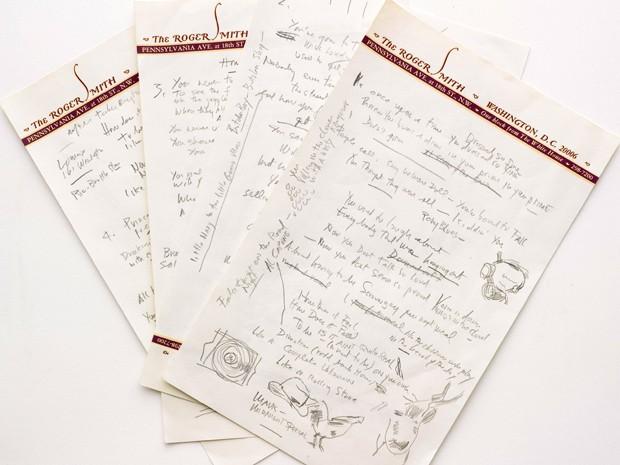 O manuscrito da música 'Like a rolling stone', do norte-americano Bob Dylan, será leiloado dia 24 de junho (Foto: AP Foto/Sotheby's)
