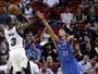 Wade comanda o Heat em vitória sobre o Thunder e sua dupla dinâmica