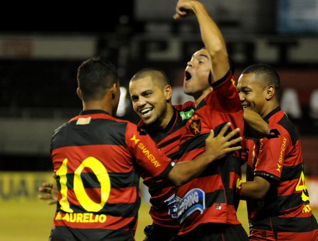 Felipe Azevedo (Foto: Aldo Carneiro/ Pernambuco Press)