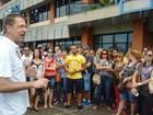 Servidores públicos fazem paralisação e protestam em Joinville