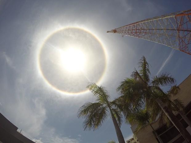 Картинки по запросу Fenômeno - Halo - Solar - Arco-íris - Sol - Santa Catarina