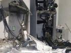 Quadrilha destrói parte de banco após explosão de caixas eletrônicos