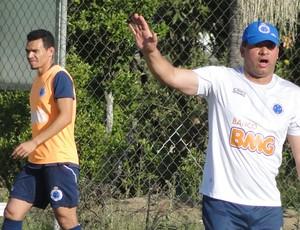 ceara, lateral do Cruzeiro (Foto: Tarcísio Badaró / Globoesporte.com)