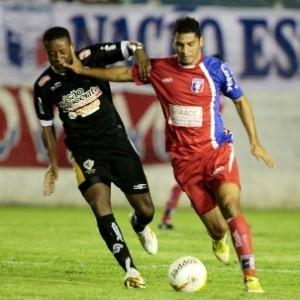 Júlio César em duelo do Guará pela Série A2 (Foto: Comunicação Guará Futebol/ Comunicação)