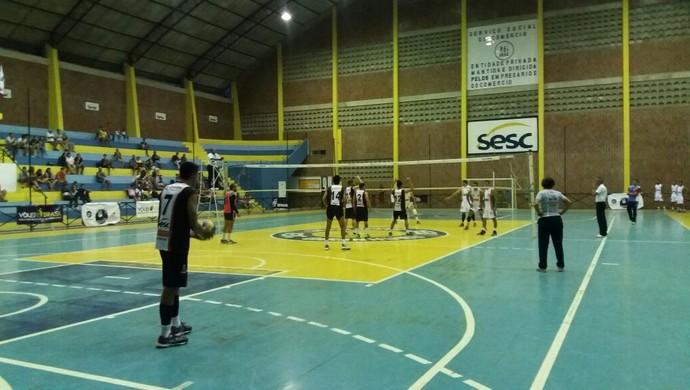 8º Campeonato TV Asa Branca de Voleibol no Sesc Garanhuns (Foto: Ari Cunha/Fevepe)