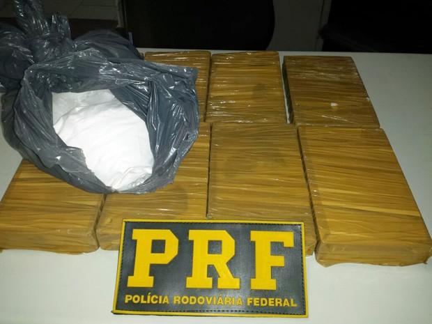 Polícia apreende cerca de 10 quilos de cocaína na Fernão Dias (Foto: Polícia Rodoviária Federal)