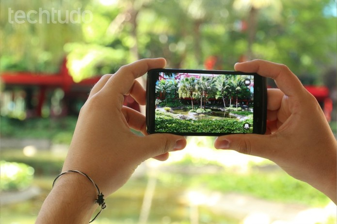 Câmera do Moto Maxx tem 21 megapixels (Foto: Lucas Mendes/TechTudo)