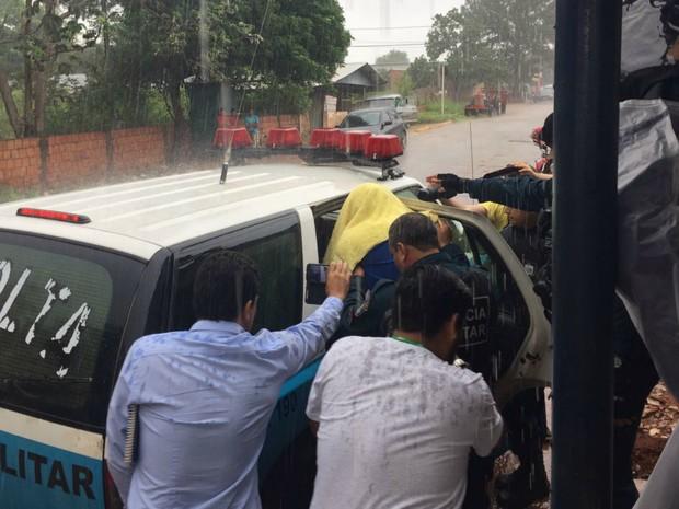 Policial foi solto na manhã desta quarta-feira (1º) (Foto: Fábio Rodrigues/ TV Morena)