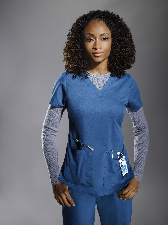 Enfermeira April Sexton (Foto: Universal)