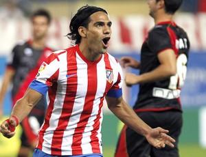 Falcao Garcia, Atlético de Madrid x Rayo Vallecano (Foto: Agência AP)