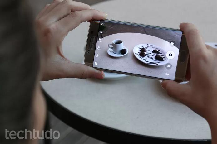 S6 Edge tem câmera de alta qualidade (Foto: Isadora Diaz/TechTudo)