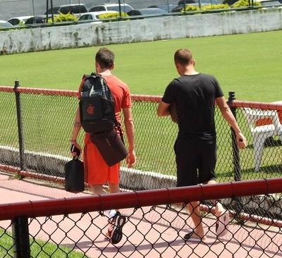 Mancuello e Cuéllar treino Flamengo (Foto: Fred Gomes)