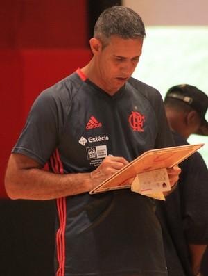 José Neto quer o Flamengo focado no NBB agora (Foto: Thierry Gozzer)