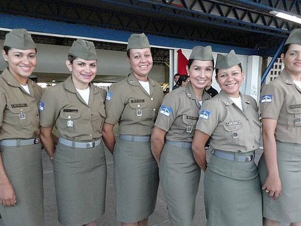 Grupo feminino do 5º BPM em Petrolina (Foto: Portal SG/Arquivo pessoal)