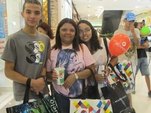 Primeiro dia teve compradores (Foto: Nathália Duarte/G1)