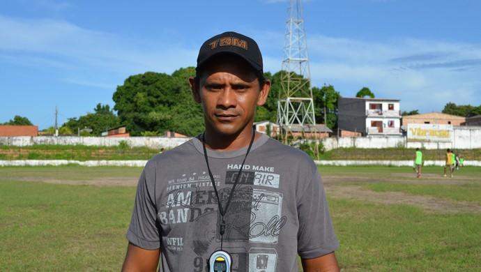 Edelson Rodrigues, novo treinador do São Raimundo sub 20 (Foto: Weldon Luciano  - GloboEsporte.com)