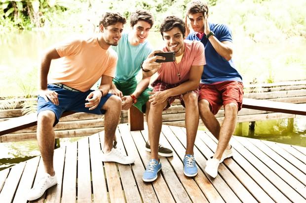 Rodrigo Simas, Guilherme Leicam, Daniel Blanco e Daniel Rocha fotografaram campanha  (Foto: Divulgação / PACO Jeanswear.)