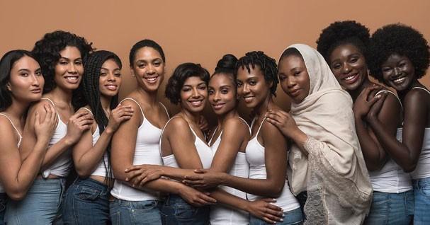Modelos negras mostram sua beleza em campanha de maquiagem (Foto: Reprodução Instagram)