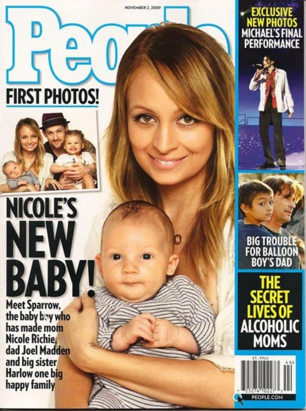 Capa da revista People com Nicole Richie e Harlow Winter Madden (Foto: Reprodução)